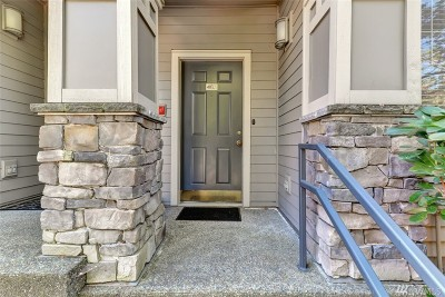Kirkland Condo/Townhouse For Sale: 12330 NE 92nd Lane #J 402