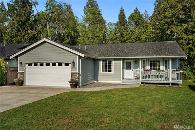 Single Family Home For Sale: 6072 Captains Way