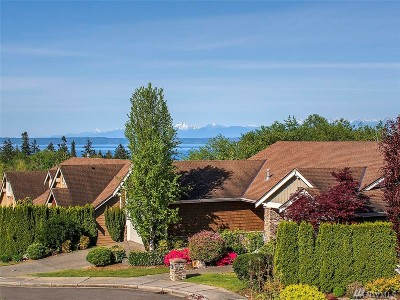 Mukilteo Single Family Home For Sale: 10975 Vista Dr