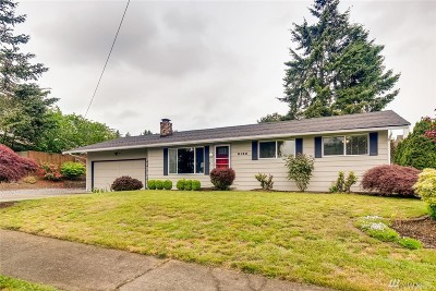 Tacoma Single Family Home For Sale: 5133 Beverly Ave NE