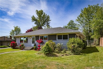Whatcom County Single Family Home Pending: 3017 Cherrywood Ave