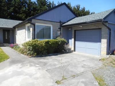 Everett Single Family Home For Sale: 229 W Marilyn Ave