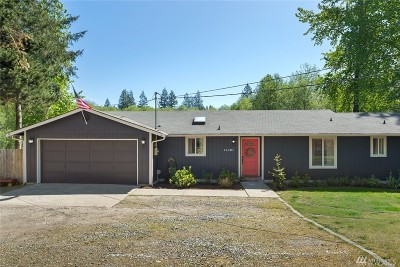 Port Orchard Single Family Home Pending Inspection: 14131 Creek View Dr SW
