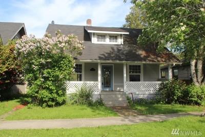 Auburn Single Family Home For Sale: 216 D St SW
