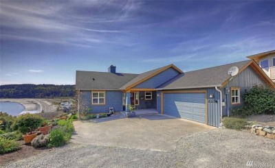Camano Island Single Family Home For Sale: 2208 S Cleven Park Rd
