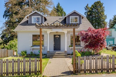Everett Single Family Home For Sale: 2308 Lowell Rd