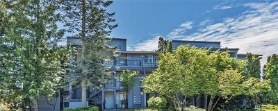 Renton Condo/Townhouse For Sale: 2619 NE 4th St #122