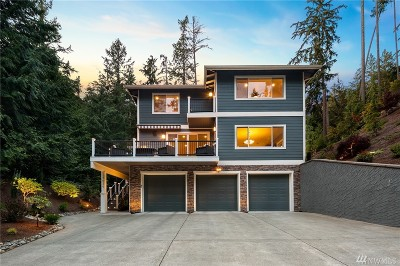 Snohomish County Single Family Home For Sale: 7039 Meadowdale Beach Rd