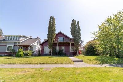 Centralia Single Family Home For Sale: 818 N Washington St
