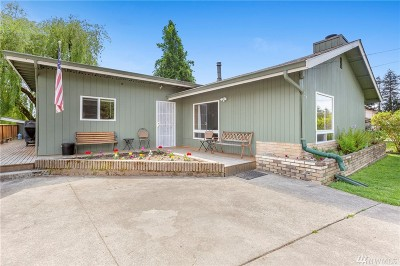 Granite Falls Single Family Home For Sale: 304 W Wallace St