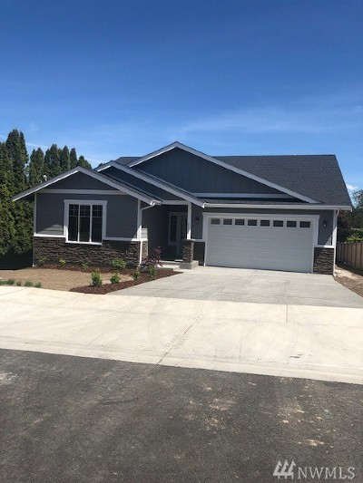 Enumclaw Single Family Home Contingent: 2973 Gossard Place