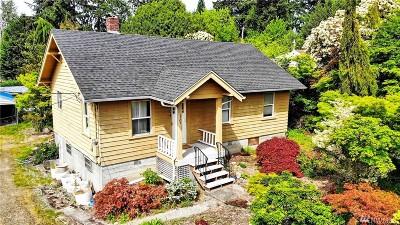 Milton Single Family Home For Sale: 1304 Juniper St