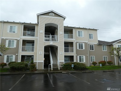 Puyallup Condo/Townhouse For Sale: 18615 101st Av Ct E #262