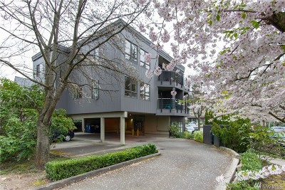 Seattle Condo/Townhouse Sold: 3912 Midvale Ave N #201