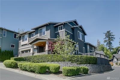 Kirkland Single Family Home For Sale: 9006 NE 127th Place