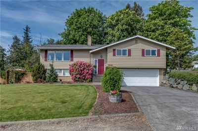 Whatcom County Single Family Home Pending: 5981 Hillside Dr