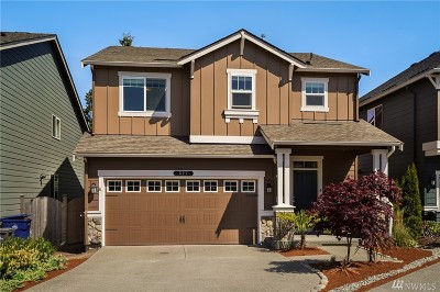 Lynnwood Condo/Townhouse For Sale: 327 202nd Place SW