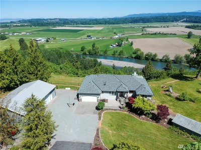 Snohomish County Single Family Home For Sale: 5723 Silvana Terrace Rd