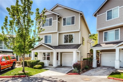 SeaTac Condo/Townhouse For Sale: 4070 S 212th Ct