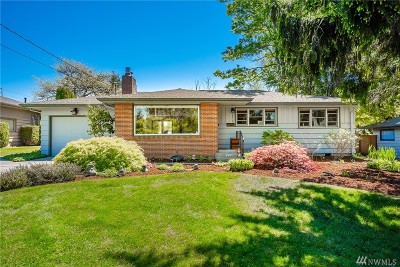 Bellingham Single Family Home For Sale: 3316 Plymouth Dr