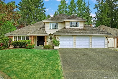 Sammamish Single Family Home For Sale: 24700 SE 45th Place