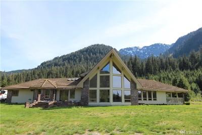 Granite Falls Single Family Home For Sale: 35204 Pilchuck Mountain Rd