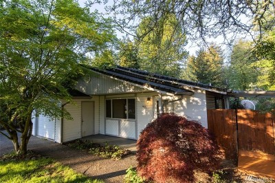 Lacey Single Family Home For Sale: 2418 Westlake Dr SE