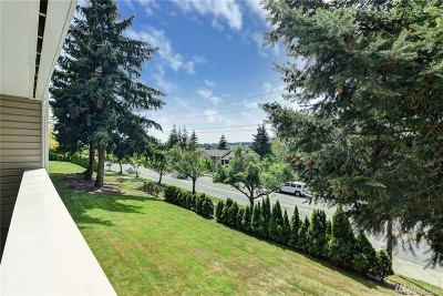 Kirkland Condo/Townhouse For Sale: 12415 NE 130th Ct #H203