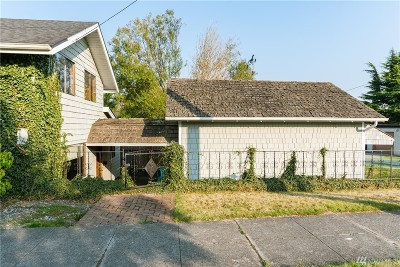 Anacortes Single Family Home For Sale: 1419 10th St