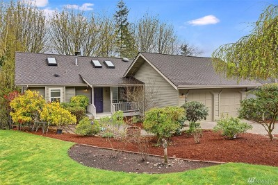 Issaquah Single Family Home For Sale: 2610 NW Oakcrest Dr