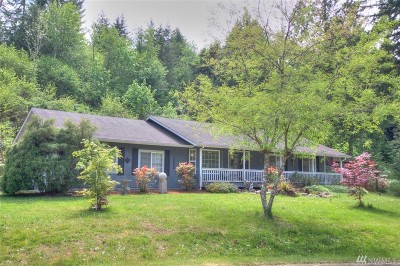 Rainier Single Family Home For Sale: 214 Country Estates Dr W