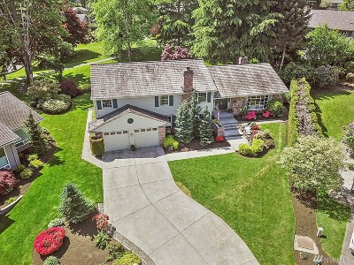 Issaquah Single Family Home For Sale: 4433 192nd Place SE
