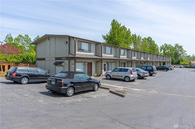 Whatcom County Condo/Townhouse For Sale: 3333 Redwood Ave #2