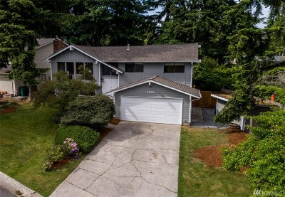 Kirkland Single Family Home For Sale: 9222 NE 138th Place