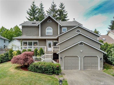 Bellevue Single Family Home For Sale: 325 123rd Place NE