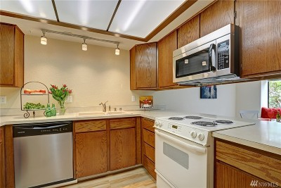 Lynnwood Condo/Townhouse For Sale: 4422 176th St SW #B-3