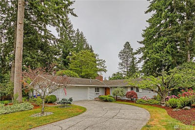 Bellevue Single Family Home For Sale: 402 168th Ave SE