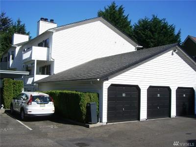 Kent Condo/Townhouse For Sale: 25810 114th Place SE #C301