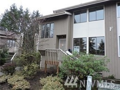 Renton Condo/Townhouse For Sale: 1800 Grant Ave S #F 2