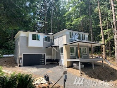 Bellingham Single Family Home For Sale: 18 Jasper Ridge Lane