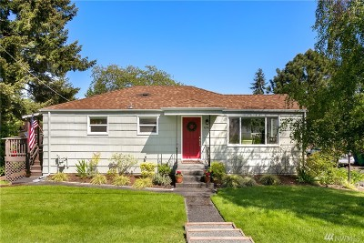 Seattle Single Family Home For Sale: 12516 Fremont Ave N