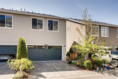 Lynnwood Condo/Townhouse For Sale: 14520 16th Park W #B