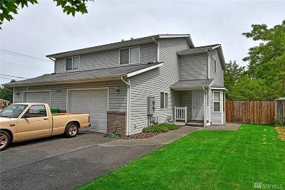 Marysville Multi Family Home For Sale: 7519 59th Dr NE #A/B