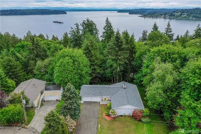 Port Orchard Single Family Home For Sale: 7913 SE Blake View Dr