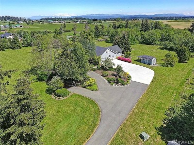 Camano Island Single Family Home For Sale: 1052 Hanstad Rd