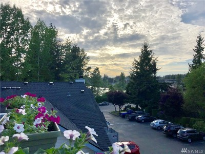Everett Condo/Townhouse For Sale: 11325 19th Ave SE #B307