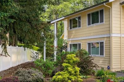 Bellevue Condo/Townhouse For Sale: 14611 NE 51st Place #F4