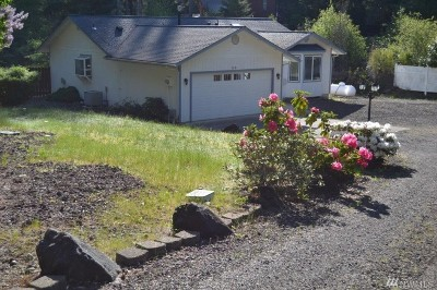 Shelton WA Rental For Rent: $1,600