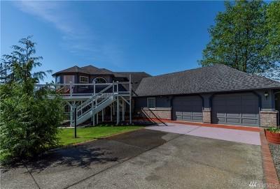 Eatonville Single Family Home For Sale: 731 Center St W