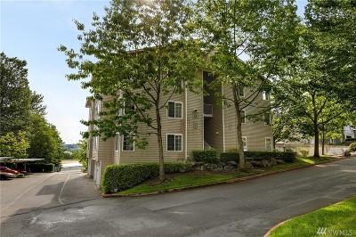 Renton Condo/Townhouse For Sale: 801 Rainier Ave N #D319